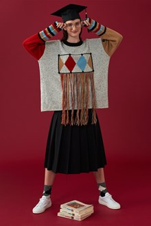 Ballantyne Lab Calendar November woman sweater